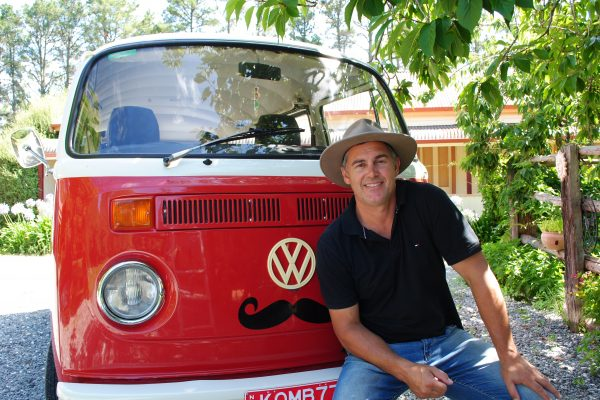 Orange Kombi Capers – Wine and Brewery Tours